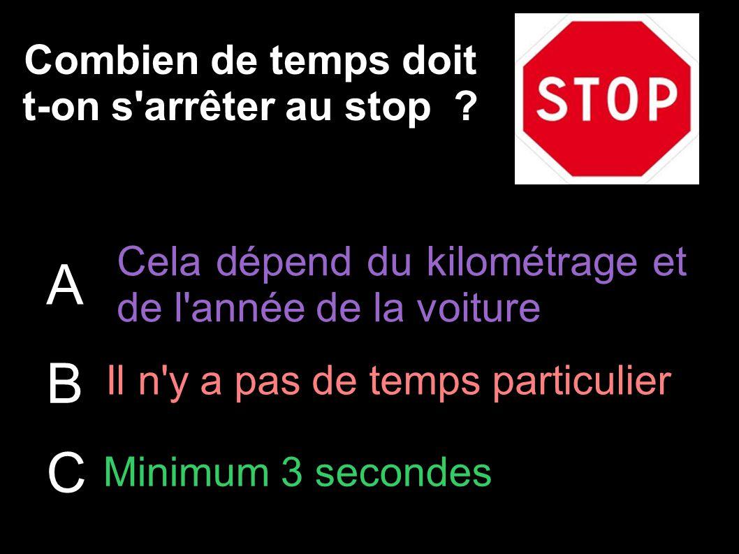 Combien de temps doit t-on s arrêter au stop