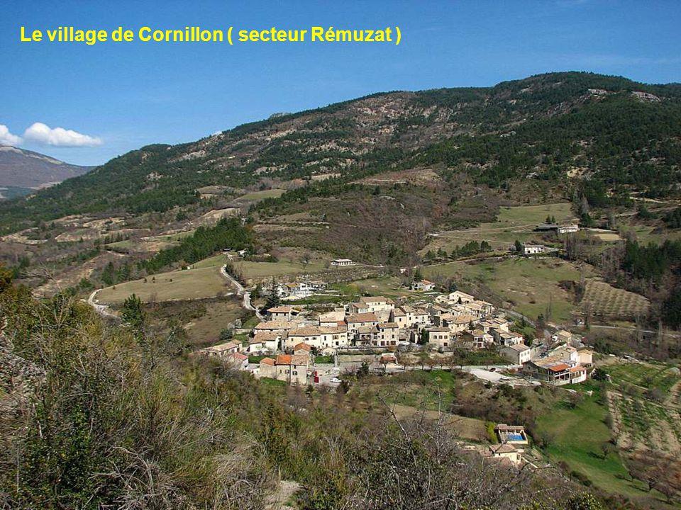 Le village de Cornillon ( secteur Rémuzat )