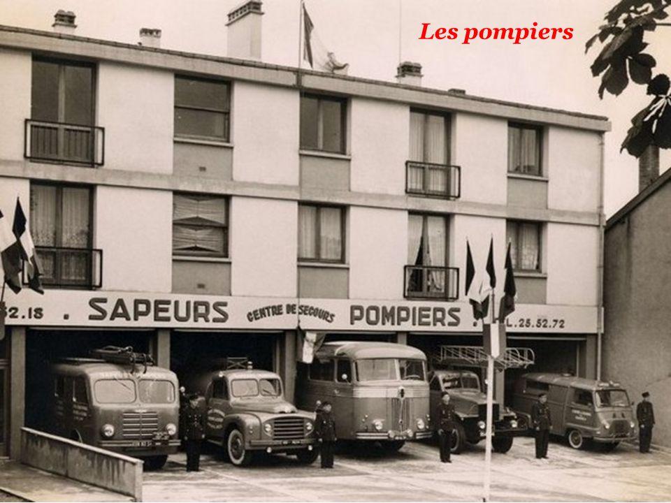 5kna productions 2012 les voitures de papa et de p p for Garage ford paris 13