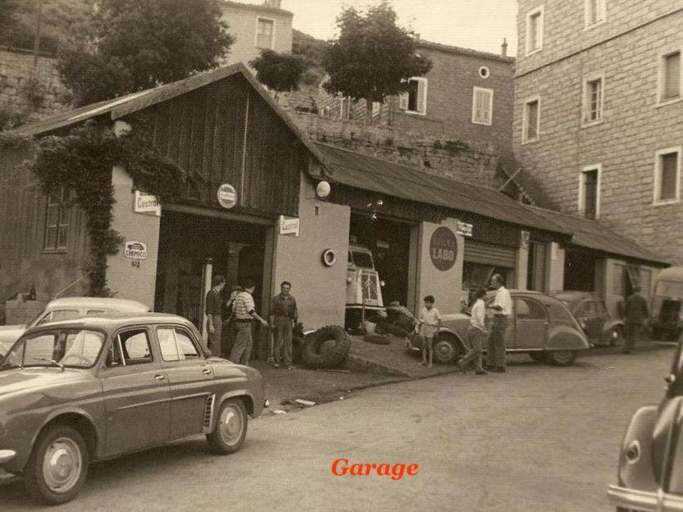 Les voitures de papa et de p p ppt video online for Garage citroen nation paris 12
