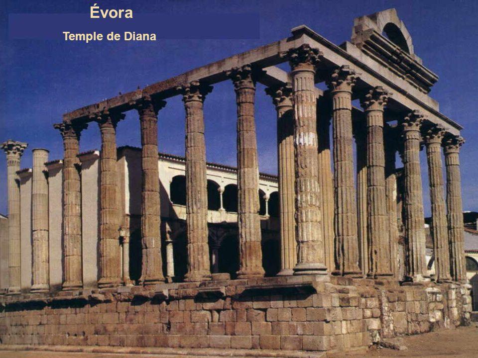 Évora Temple de Diana