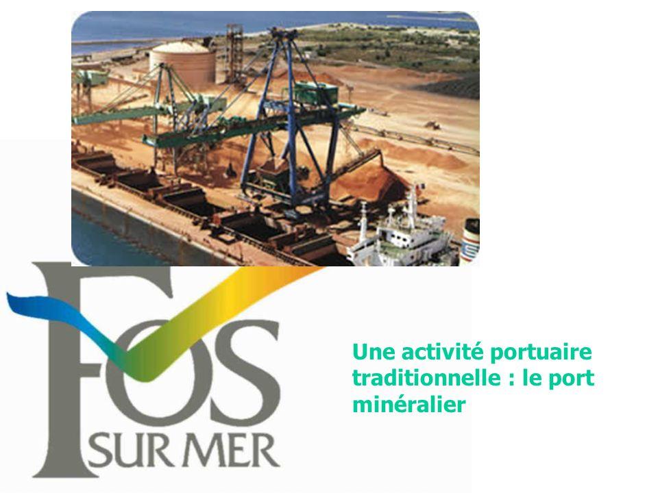 Une activité portuaire traditionnelle : le port minéralier