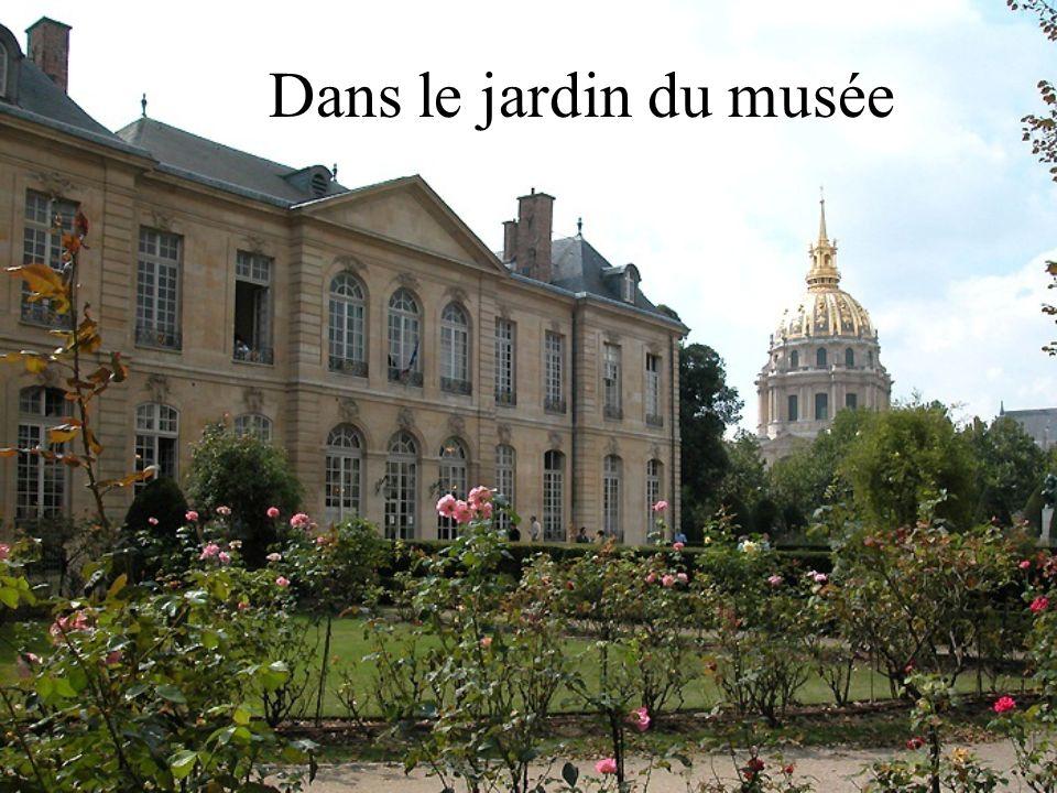 Dans le jardin du musée