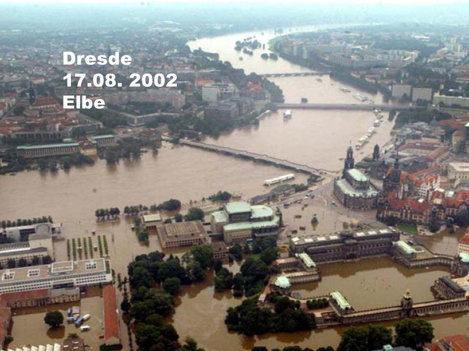 Dresde 17.08. 2002 Elbe