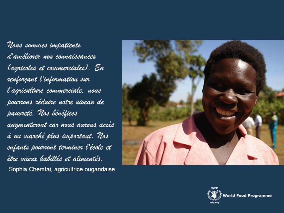 Nous sommes impatients d améliorer nos connaissances (agricoles et commerciales). En renforçant l information sur l agriculture commerciale, nous pourrons réduire notre niveau de pauvreté. Nos bénéfices augmenteront car nous aurons accès à un marché plus important. Nos enfants pourront terminer l école et être mieux habillés et alimentés.