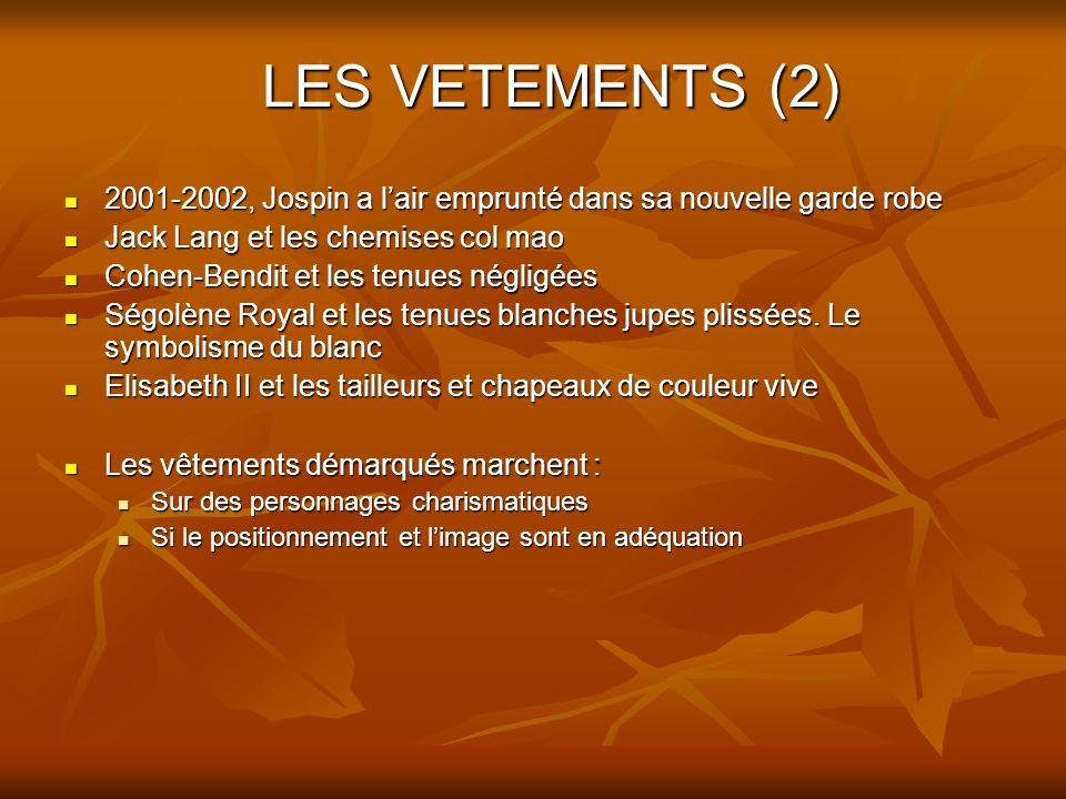 LES VETEMENTS (2) 2001-2002, Jospin a l'air emprunté dans sa nouvelle garde robe. Jack Lang et les chemises col mao.