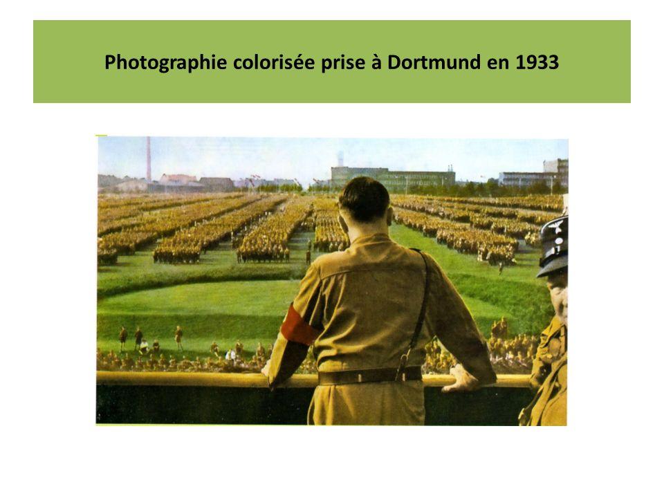 Photographie colorisée prise à Dortmund en 1933