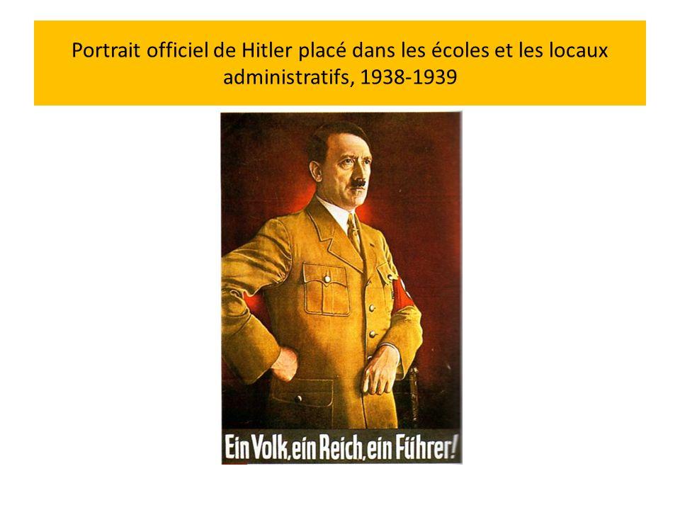 Portrait officiel de Hitler placé dans les écoles et les locaux administratifs, 1938-1939