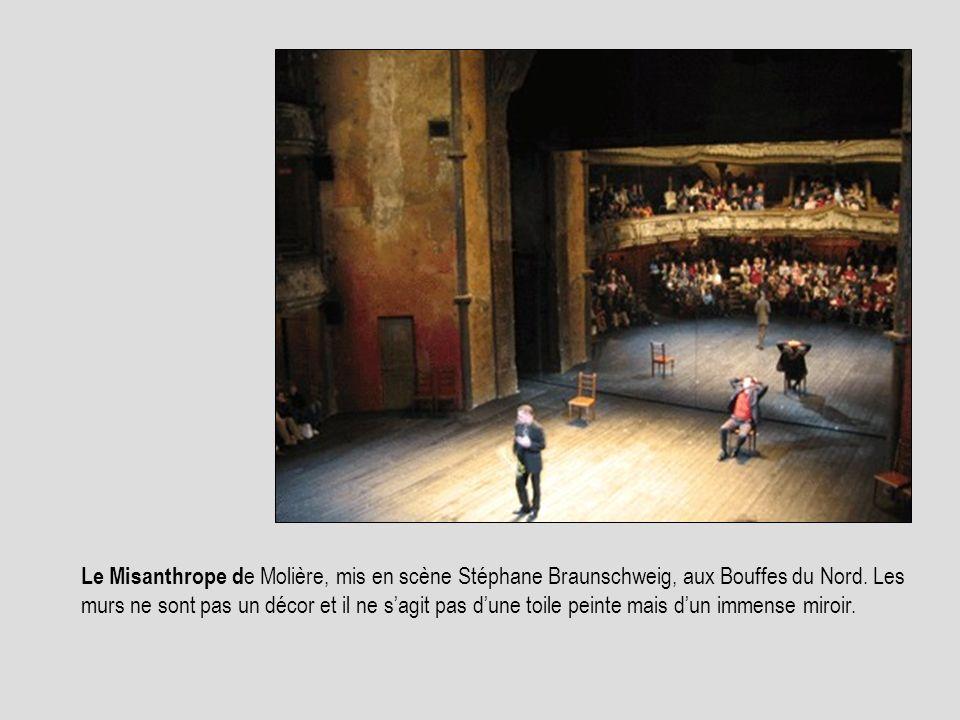 Le Misanthrope de Molière, mis en scène Stéphane Braunschweig, aux Bouffes du Nord.