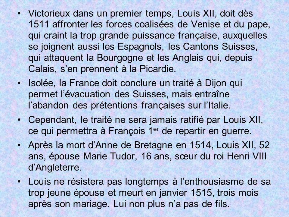 Victorieux dans un premier temps, Louis XII, doit dès 1511 affronter les forces coalisées de Venise et du pape, qui craint la trop grande puissance française, auxquelles se joignent aussi les Espagnols, les Cantons Suisses, qui attaquent la Bourgogne et les Anglais qui, depuis Calais, s'en prennent à la Picardie.