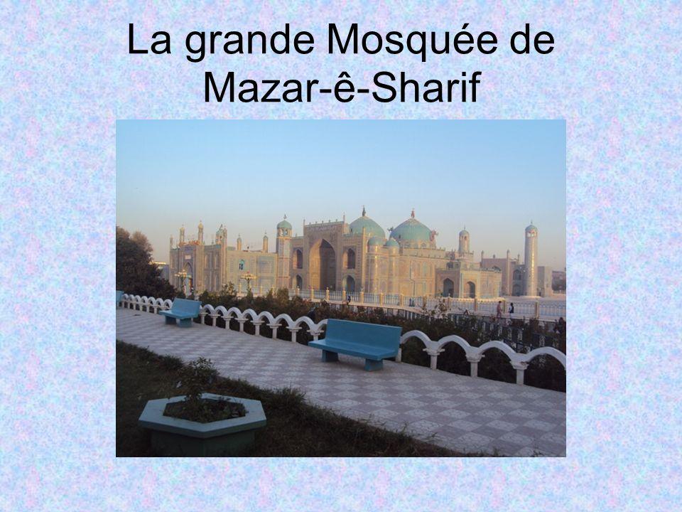 La grande Mosquée de Mazar-ê-Sharif
