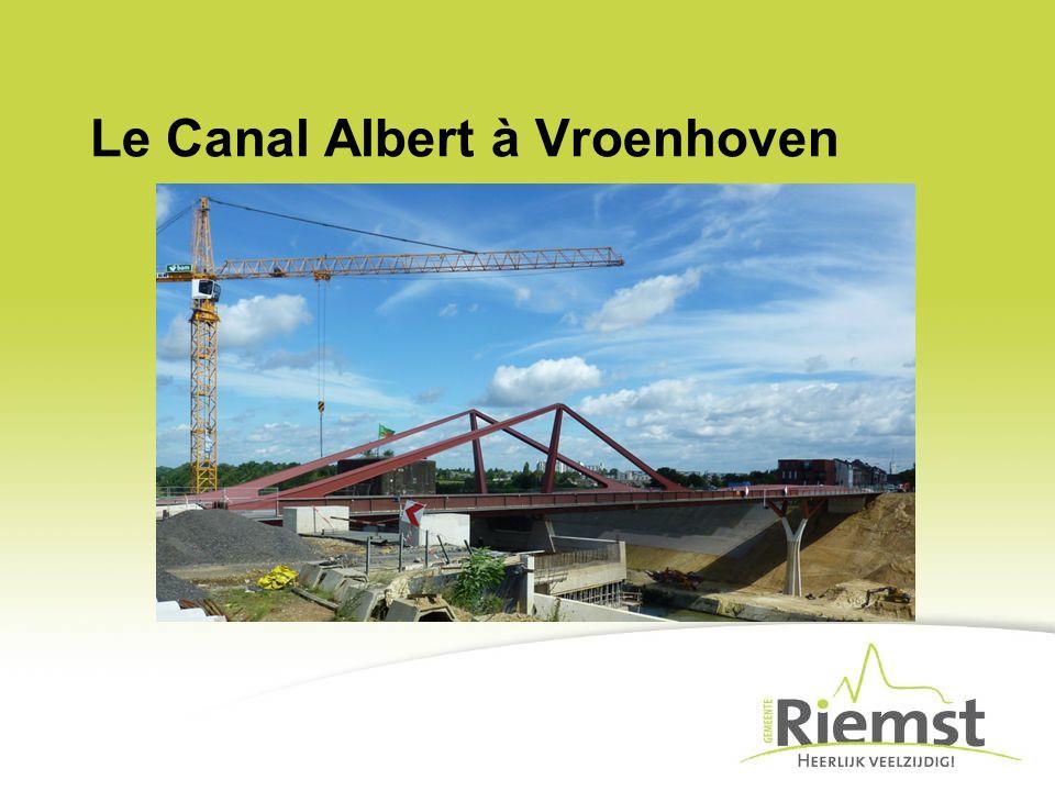 Le Canal Albert à Vroenhoven