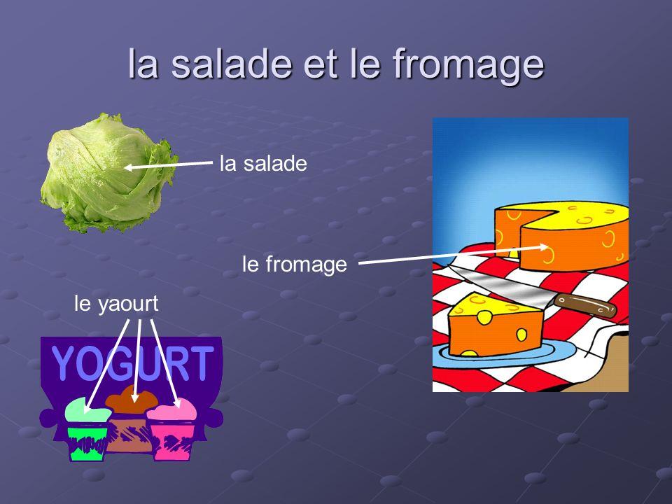 la salade et le fromage la salade le fromage le yaourt