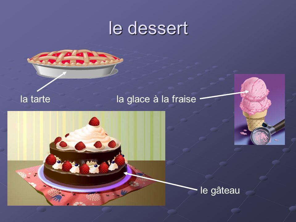 le dessert la tarte la glace à la fraise le gâteau