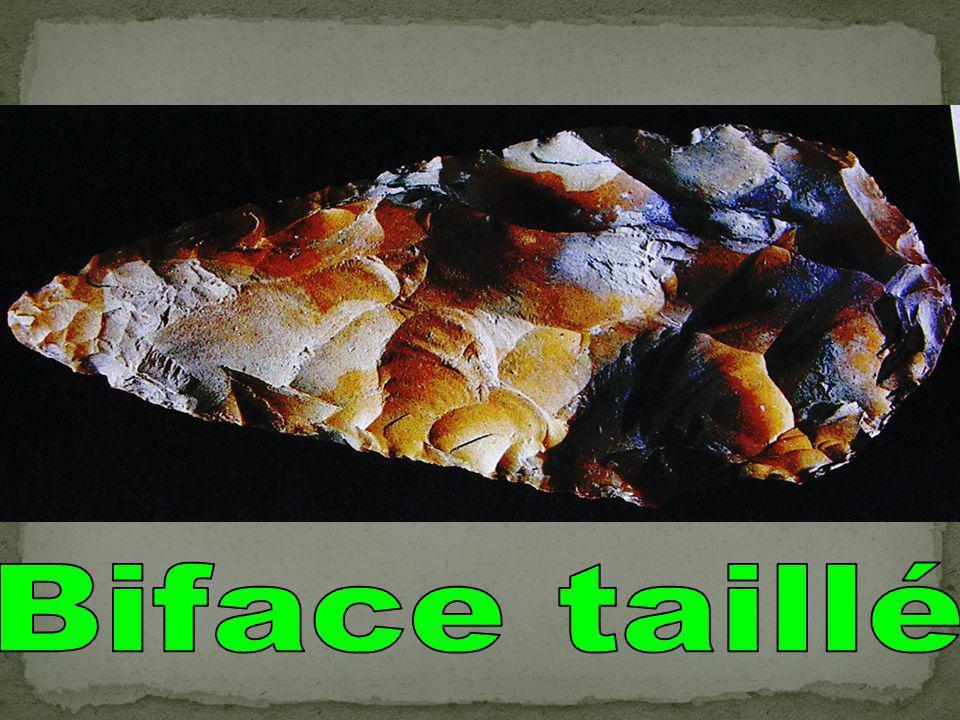 Biface taillé