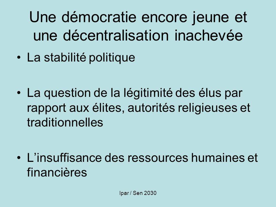 Une démocratie encore jeune et une décentralisation inachevée