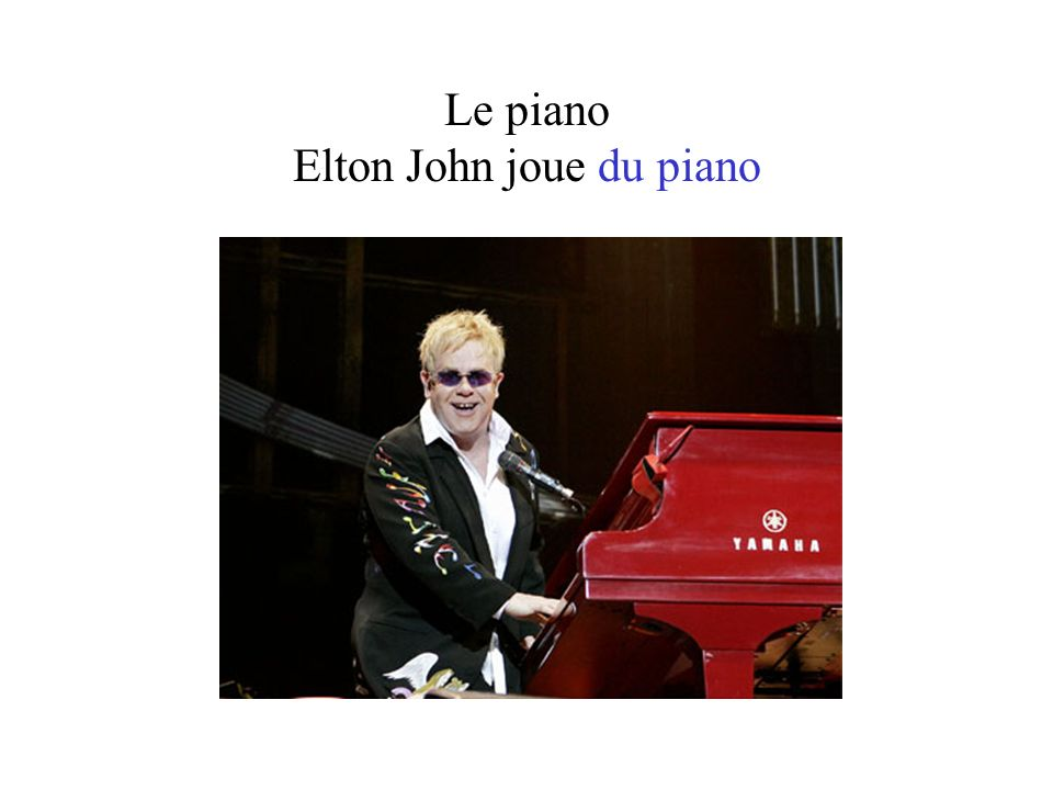 Le piano Elton John joue du piano