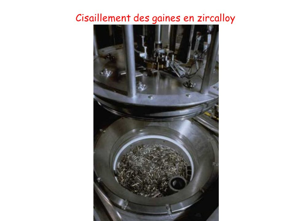 Cisaillement des gaines en zircalloy