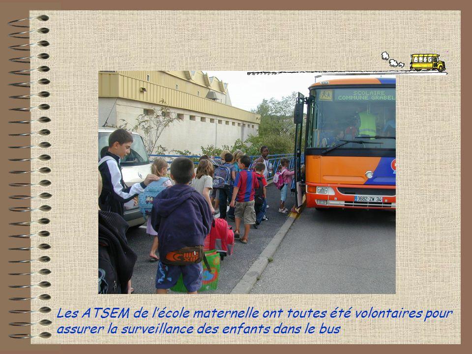 Les ATSEM de l'école maternelle ont toutes été volontaires pour assurer la surveillance des enfants dans le bus
