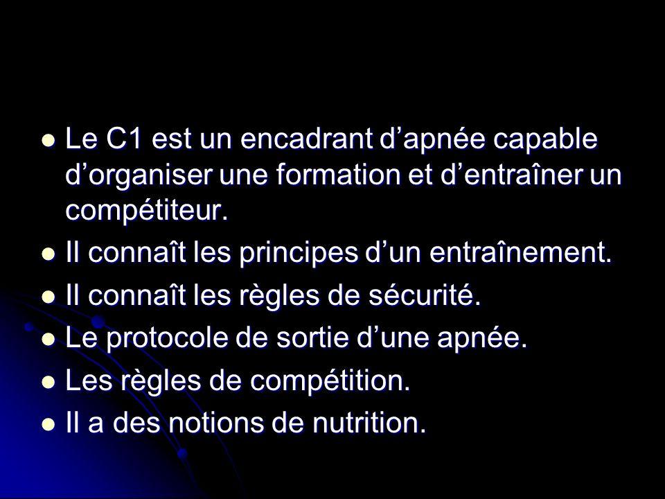 Le C1 est un encadrant d'apnée capable d'organiser une formation et d'entraîner un compétiteur.