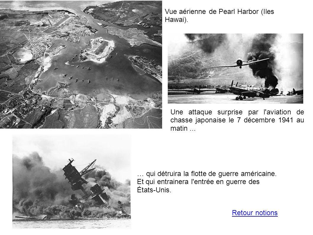Vue aérienne de Pearl Harbor (Iles Hawai).