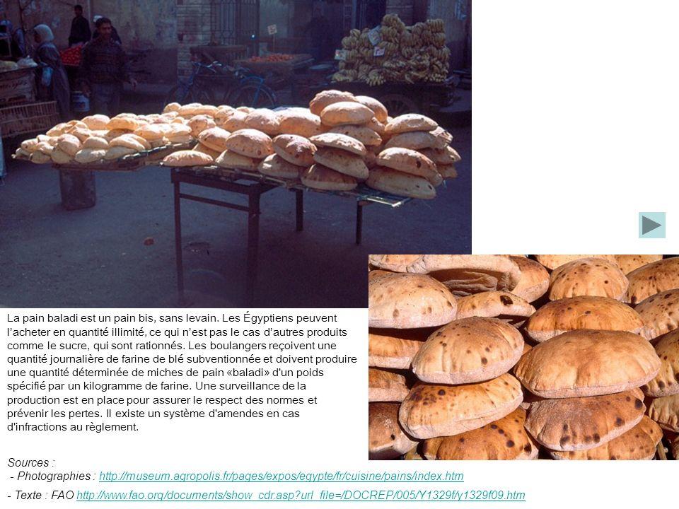 La pain baladi est un pain bis, sans levain