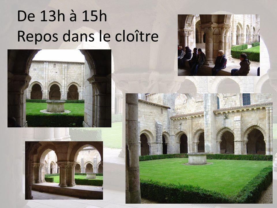 De 13h à 15h Repos dans le cloître