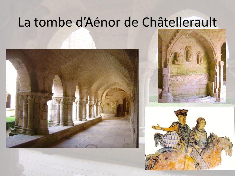 La tombe d'Aénor de Châtellerault