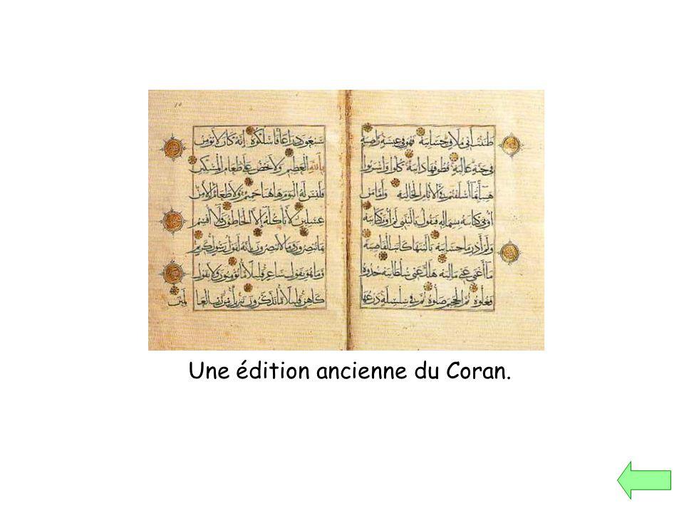 Une édition ancienne du Coran.