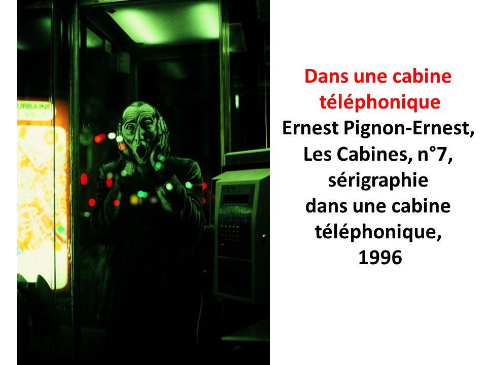 Dans une cabine téléphonique. Ernest Pignon-Ernest, Les Cabines, n°7, sérigraphie. dans une cabine.