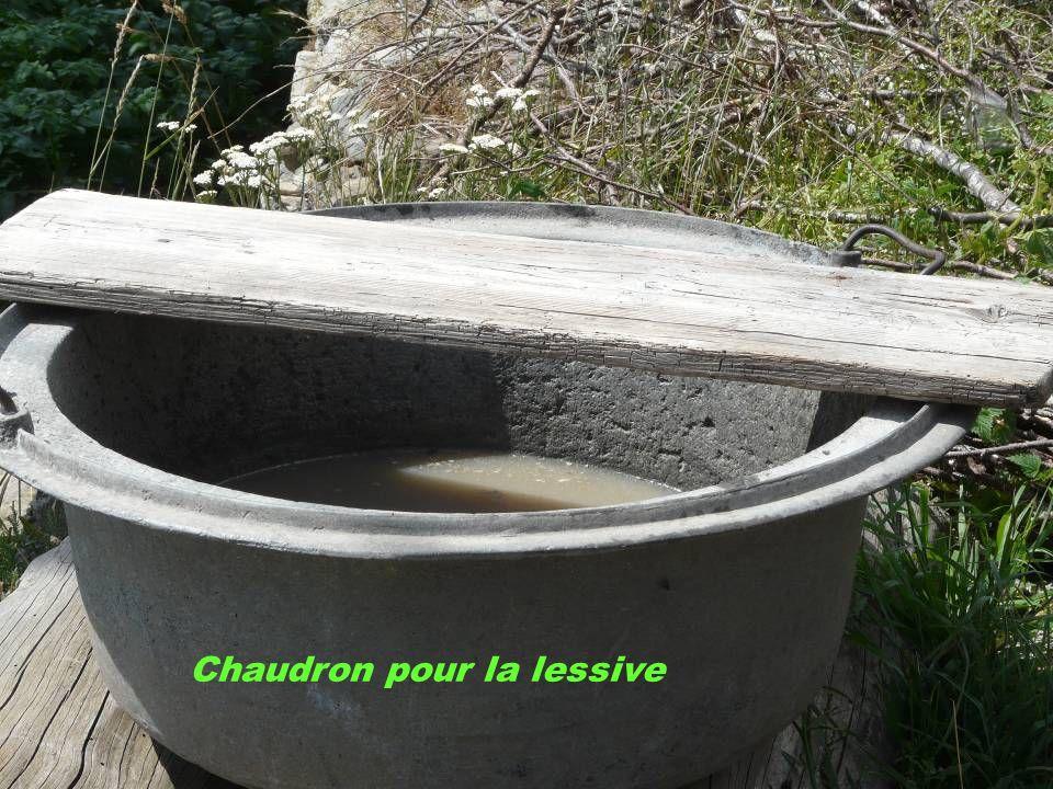 Chaudron pour la lessive