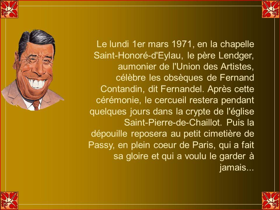 Le lundi 1er mars 1971, en la chapelle Saint-Honoré-d Eylau, le père Lendger, aumonier de l Union des Artistes, célèbre les obsèques de Fernand Contandin, dit Fernandel.