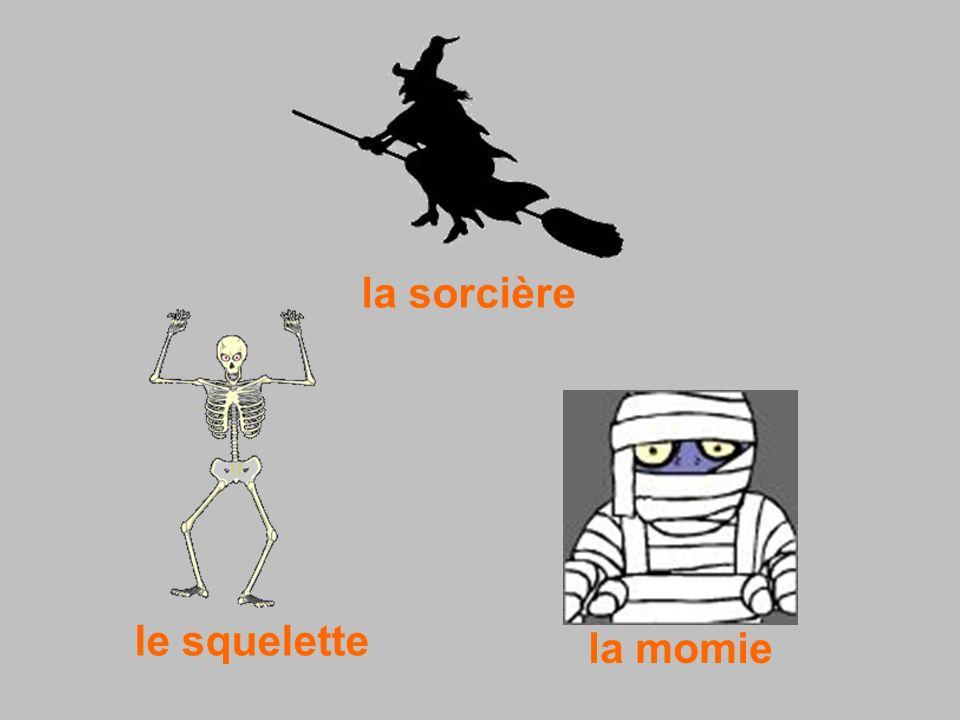 la sorcière le squelette la momie