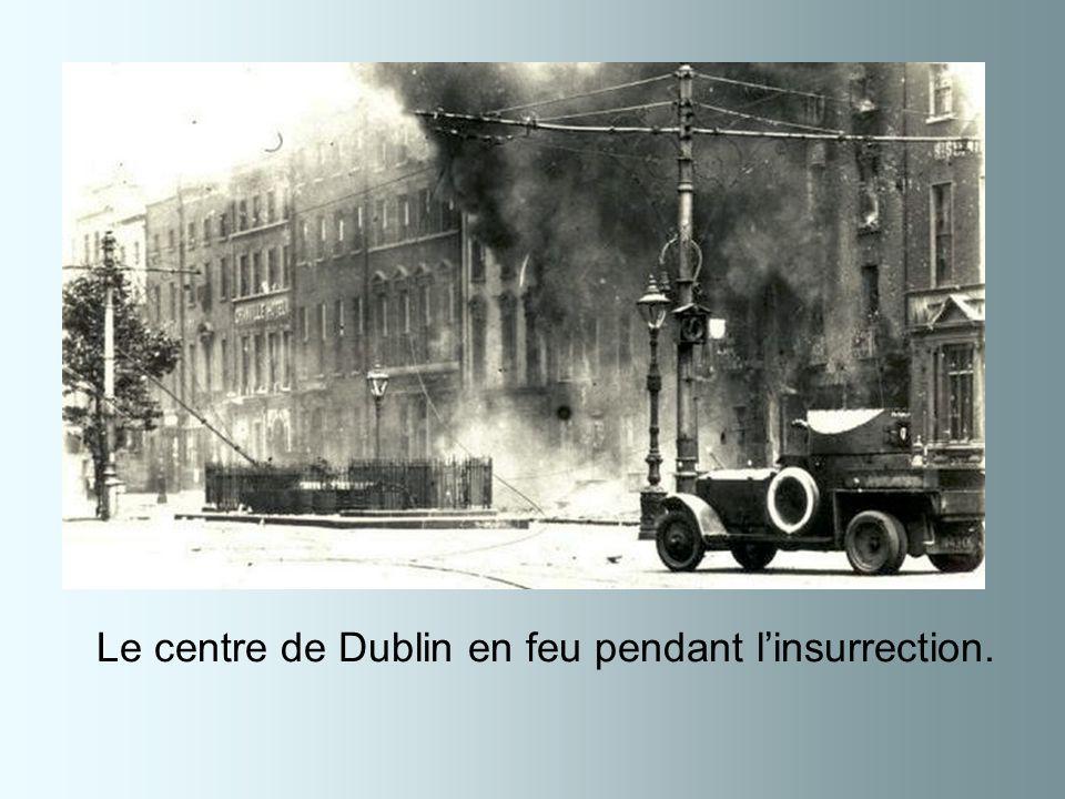 Le centre de Dublin en feu pendant l'insurrection.