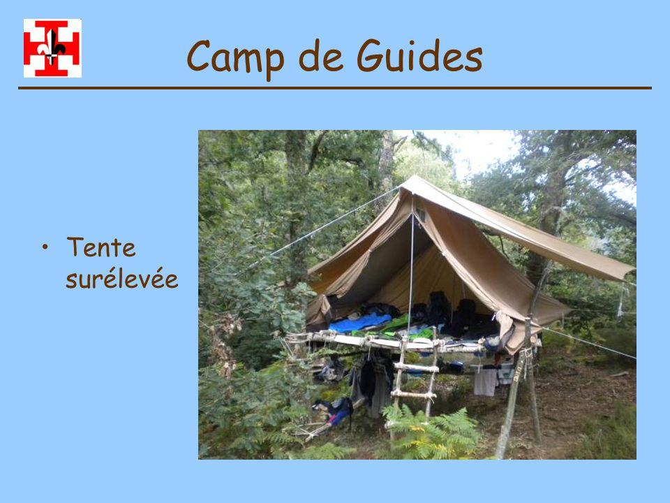 Camp de Guides Tente surélevée