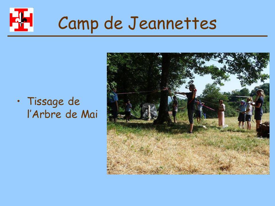 Camp de Jeannettes Tissage de l'Arbre de Mai
