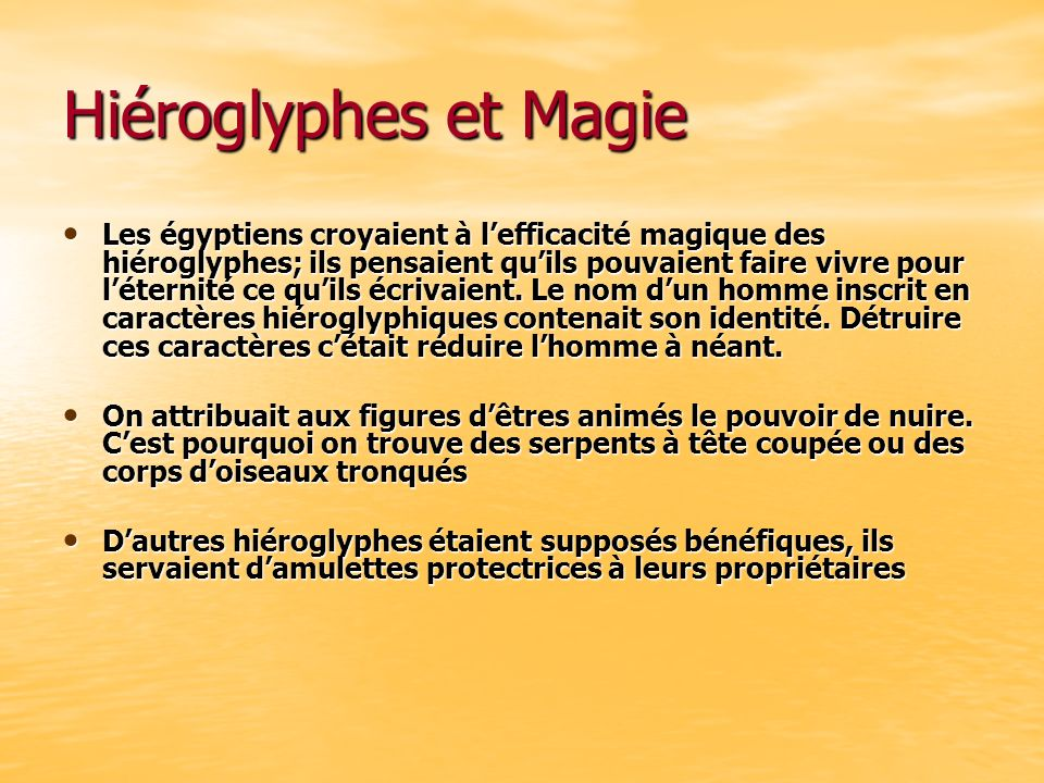 Hiéroglyphes et Magie