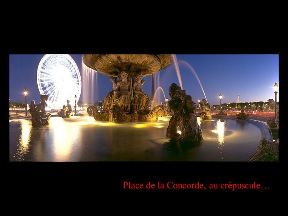 Place de la Concorde, au crépuscule…