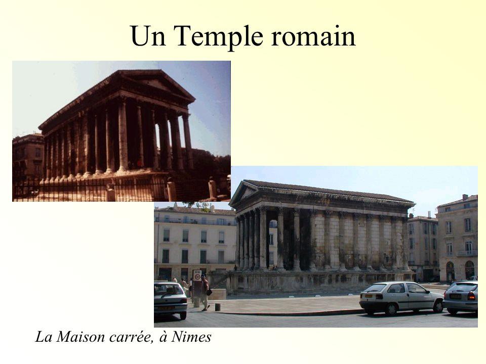 La Maison carrée, à Nimes