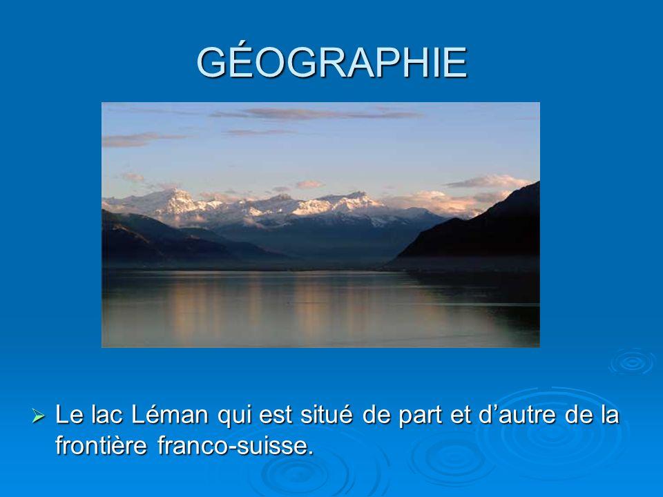 GÉOGRAPHIE Le lac Léman qui est situé de part et d'autre de la frontière franco-suisse.