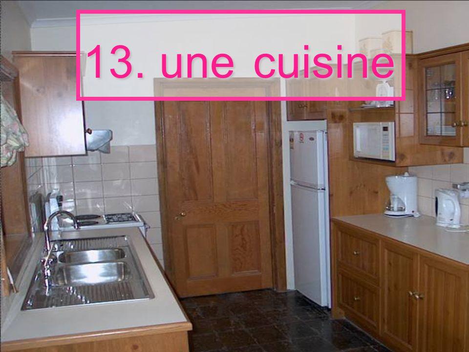 13. une cuisine