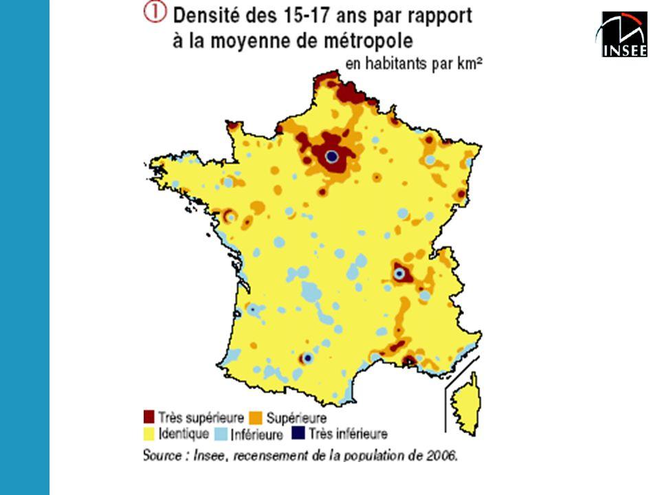 Écarts de densité par rapport à ma moyenne de la tranche d'âge:familles avec enfants:Bassin Parisien, région, lyonnaise sauf le centre, nord de la France, périphérie Marseillaise