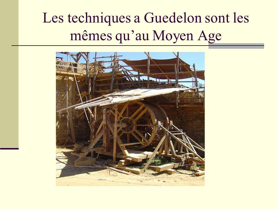 Les techniques a Guedelon sont les mêmes qu'au Moyen Age