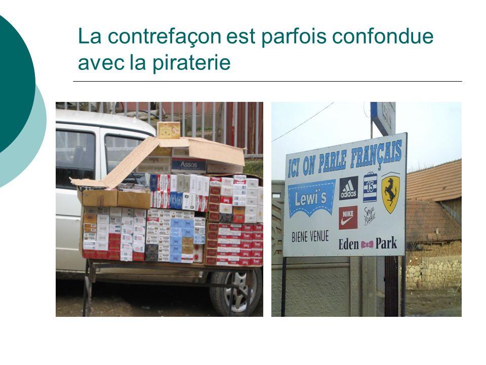 La contrefaçon est parfois confondue avec la piraterie