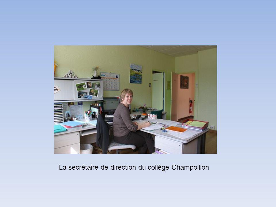 La secrétaire de direction du collège Champollion