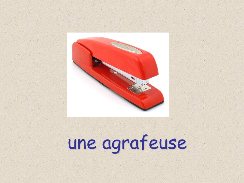 une agrafeuse