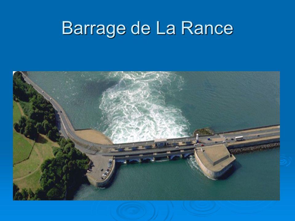 Barrage de La Rance Voici une vue aérienne de l'usine marémotrice de La Rance