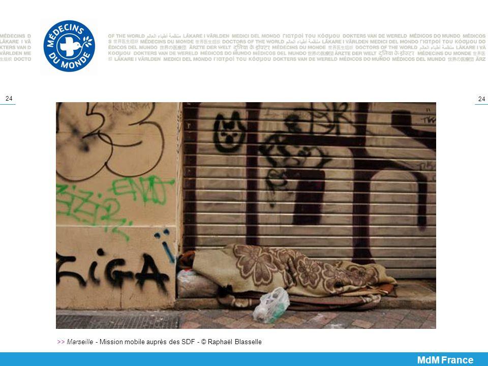 >> Marseille - Mission mobile auprès des SDF - © Raphaël Blasselle