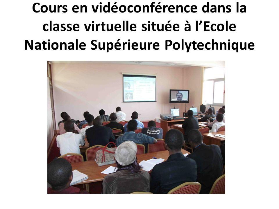 Cours en vidéoconférence dans la classe virtuelle située à l'Ecole Nationale Supérieure Polytechnique