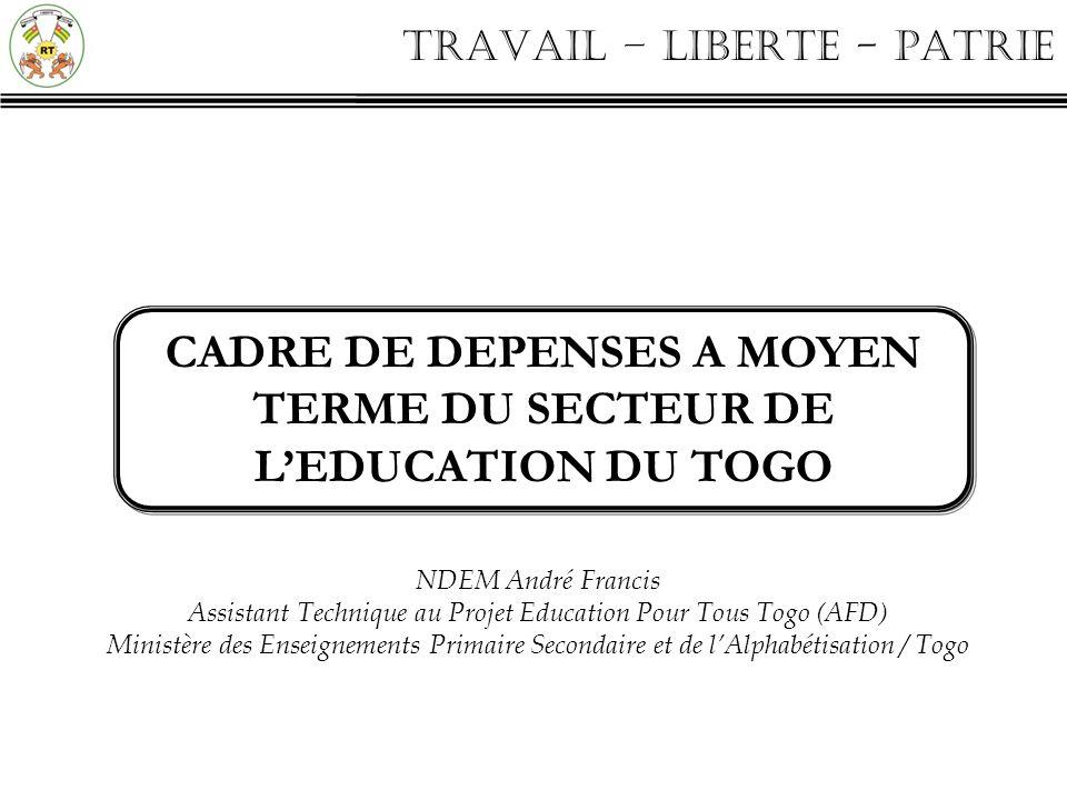 CADRE DE DEPENSES A MOYEN TERME DU SECTEUR DE L'EDUCATION DU TOGO